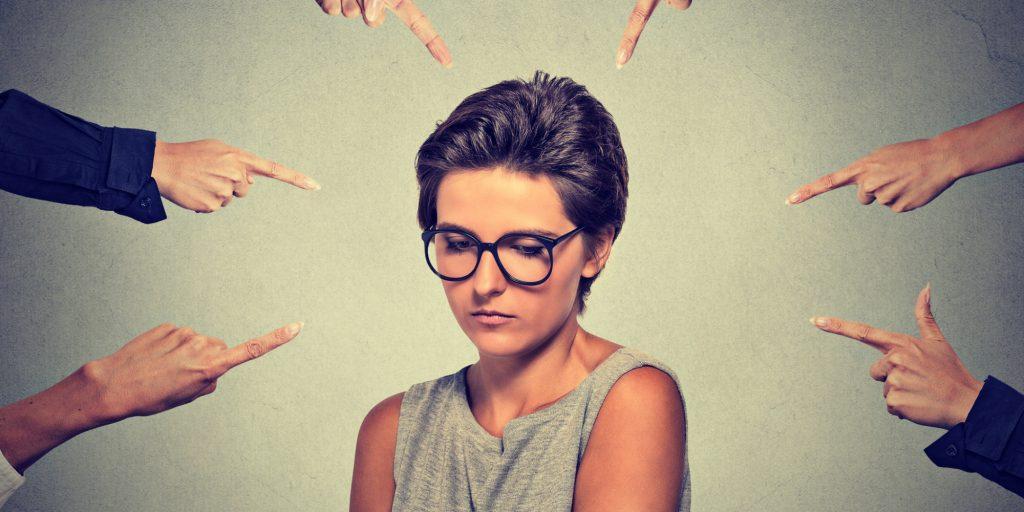 Sosyal Fobi – Utangaçlık mı, Hastalık mı?